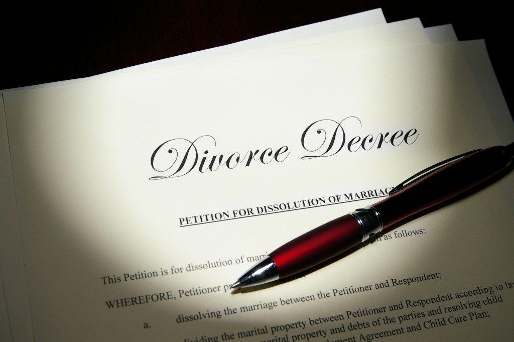 Divorce papers and a pen